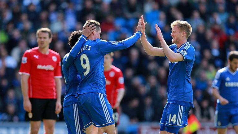 Torres: Celebrates with Schurrle