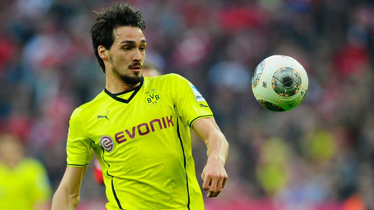 Mats Hummels: Defender expects to stay at Borussia Dortmund