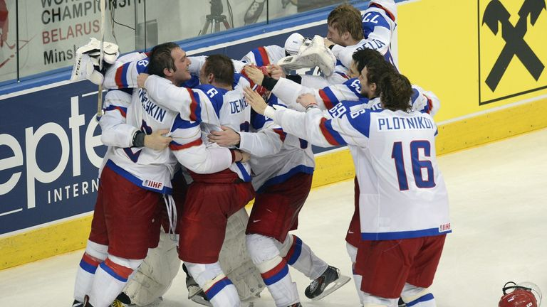 Russia celebrate victory in ice hockey world championship