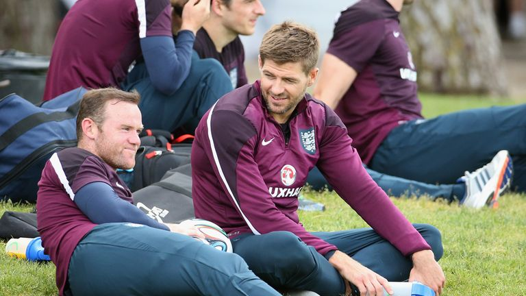 Wayne Rooney and Steven Gerrard: Experienced campaigners in need of support