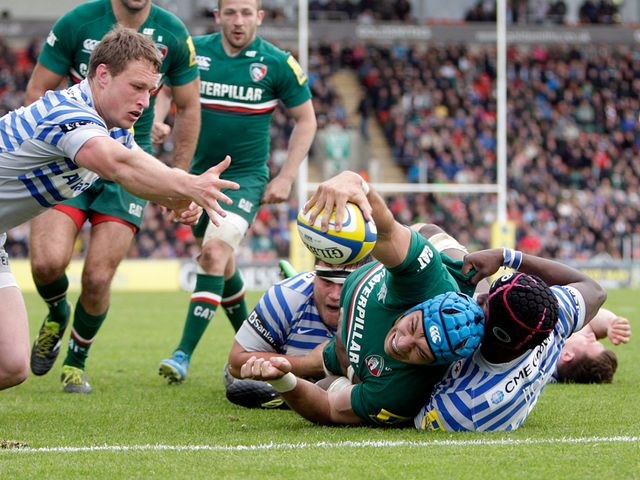 Leicester's Graham Kitchener dives in to score a try