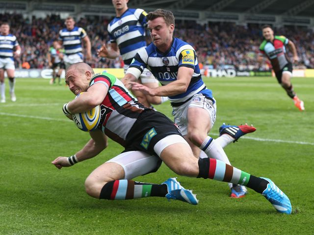 Mike Brown goes in for a Harlequins try