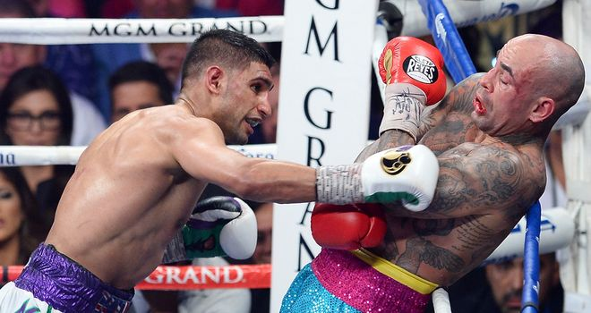 Khan putting Collazo under all sorts of pressure