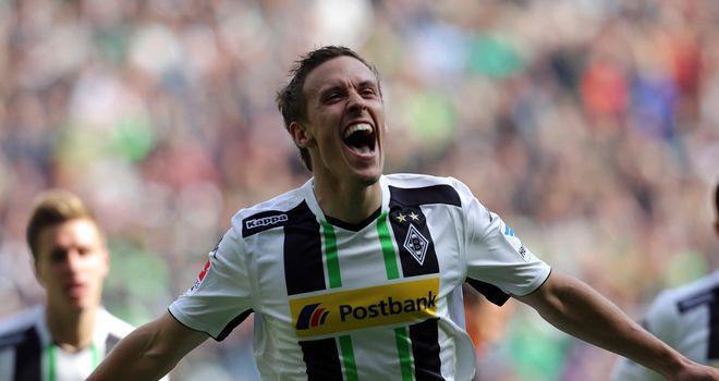 Gladbach's Max Kruse celebrates his goal