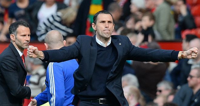 Gus Poyet: Sunderland boss hoping to land three players by the weekend