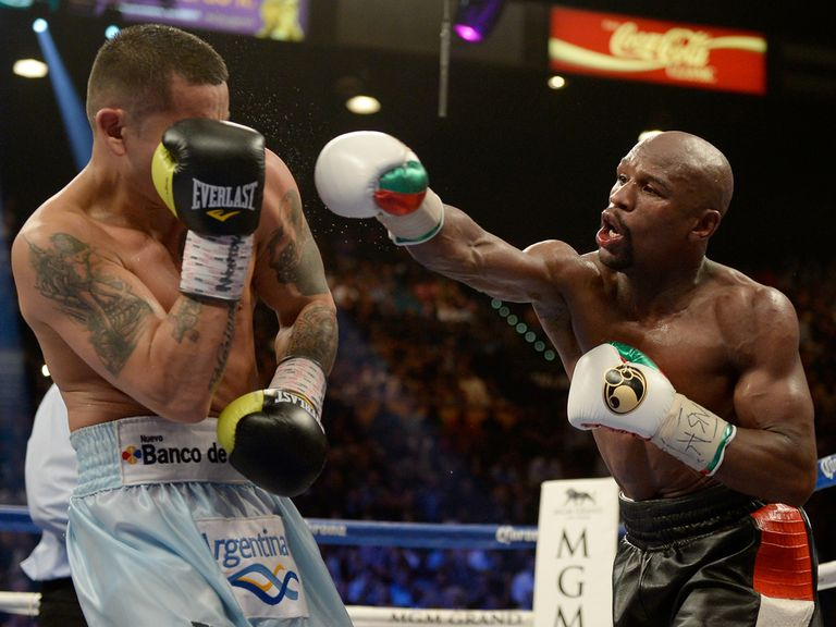 Floyd Mayweather had to dig deep against Marcos Maidana