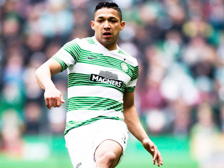 Emilio Izaguirre: Celtic defender has signed a new deal