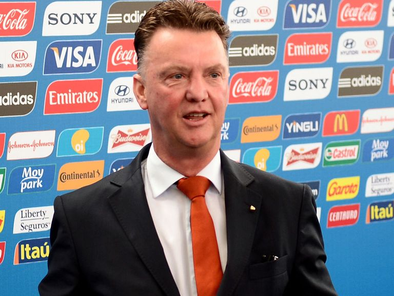 Louis van Gaal: 13/8 to win a trophy with United next season