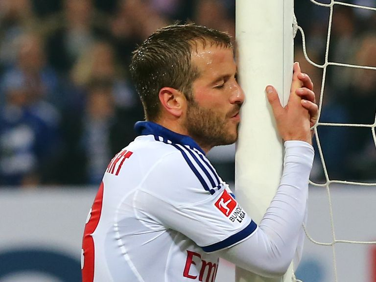 Rafael van der Vaart will not make the trip to Brazil