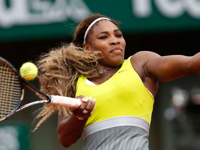 Serena Williams cruised into the second round