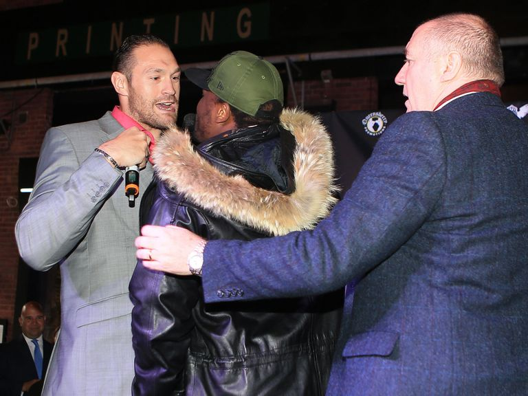 Tempers are already frayed between Fury (l) and Chisora