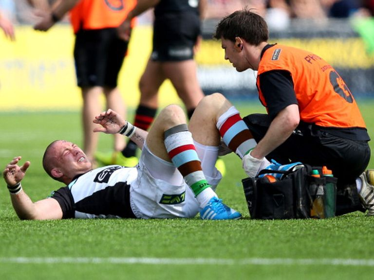 Mike Brown: Hamstring strain means England are worried