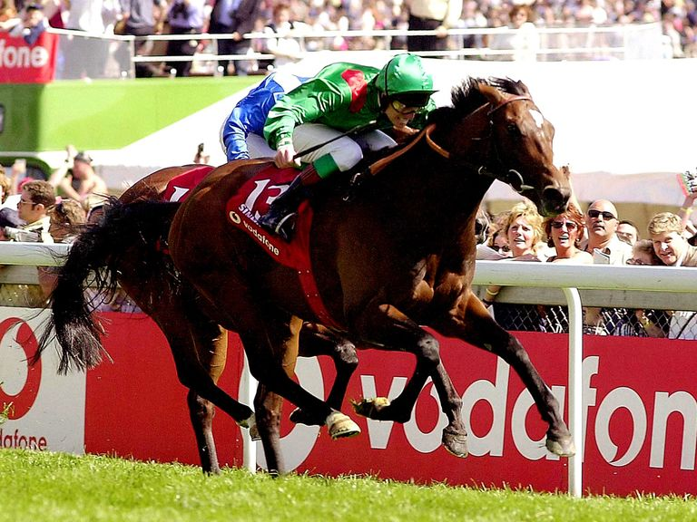 Ebanoran can follow in the footsteps of the Aga Khan's Sinndar (pictured) who won the Derby in 2000