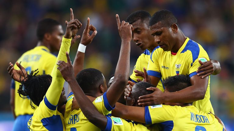 Ecuador celebrate against Honduras