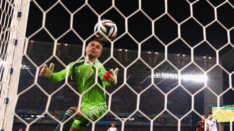 Moment to forget for Akinfeev