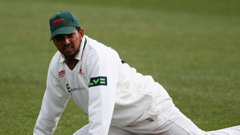 Ramnaresh Sarwan: Leicestershire captain out for the season