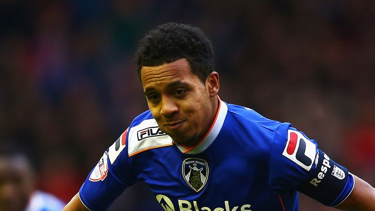 Korey Smith: Bristol City switch