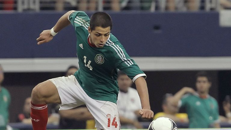 Javier Hernandez: Mexico striker looking forward to date with Robin van Persie