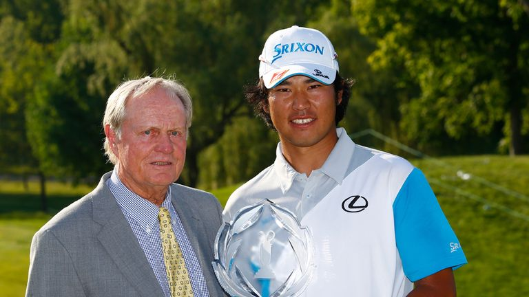 Hideki Matsuyama poses with host Jack Nicklaus after his win at the Memorial Tournament