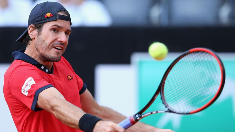 Tommy Haas is to have surgery on his right shoulder, thus ending the German's season
