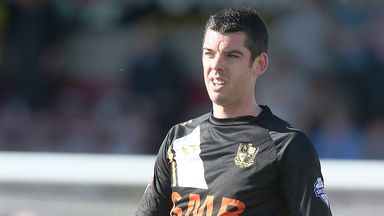 Richard Duffy: Extends Port Vale stay