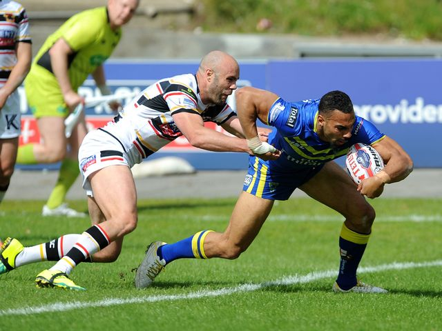 Ryan Atkins scores a try for Warrington