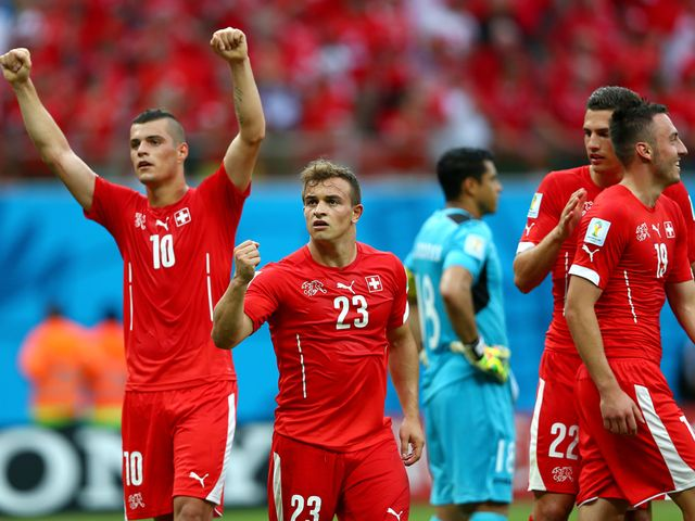 Celebrations as Switzerland reach the last 16