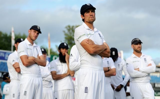 Cook and his team after their defeat against Sri Lanka