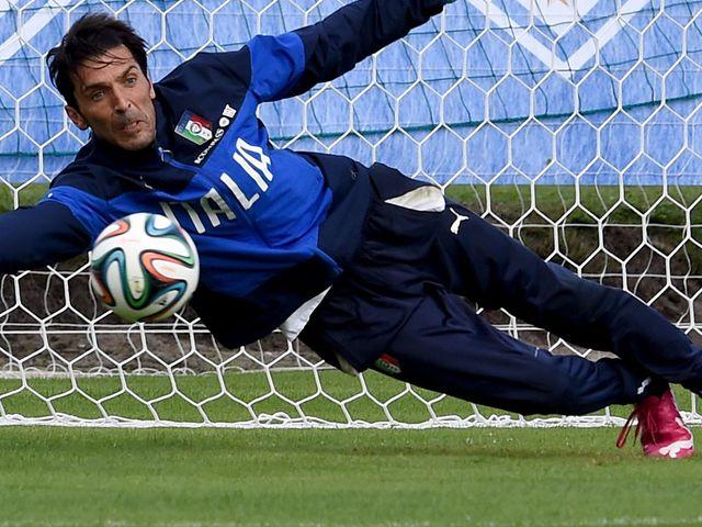 Gianluigi Buffon: Wants to finish the job and qualify top