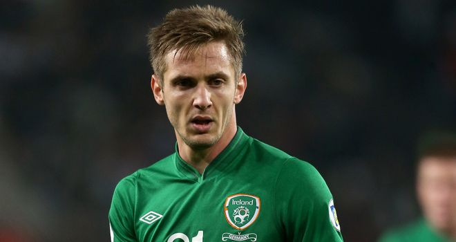 Kevin Doyle: Loan move to Crystal Palace for striker