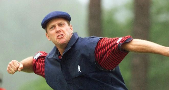 Payne Stewart of the US celebrates after sinking his putt on the 18th green at Pinehurst No. 2 during the final round of the 1999 US Open