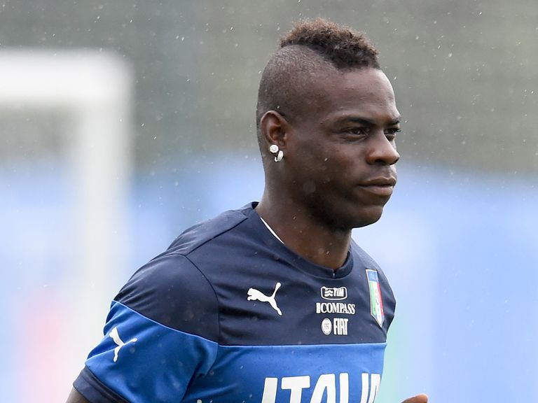 Mario Balotelli: Key that England defenders handle the striker
