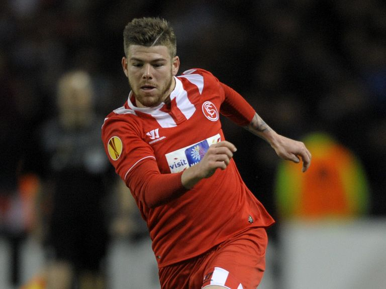 Alberto Moreno: Set for Liverpool move