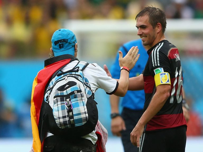 Philipp Lahm: Not returning to full-back