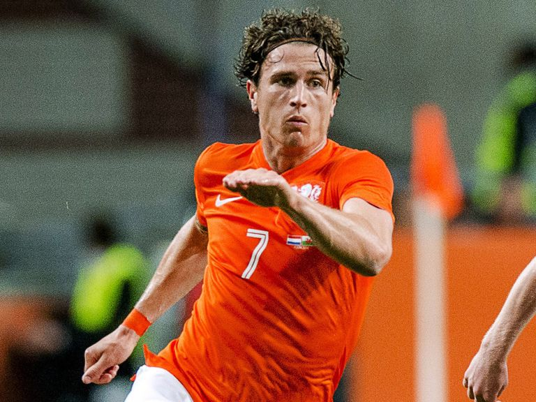 Daryl Janmaat: Odd-on to make Newcastle move this summer