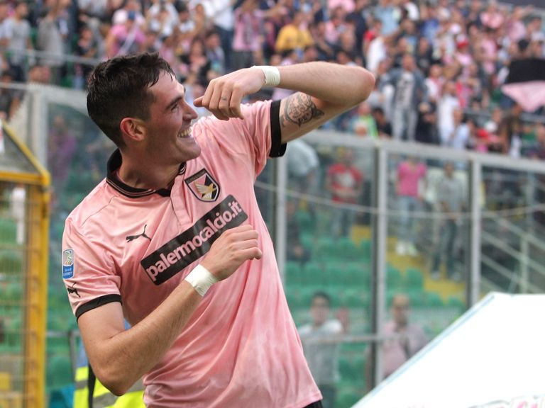 Kyle Lafferty: Swapping Palermo for Norwich