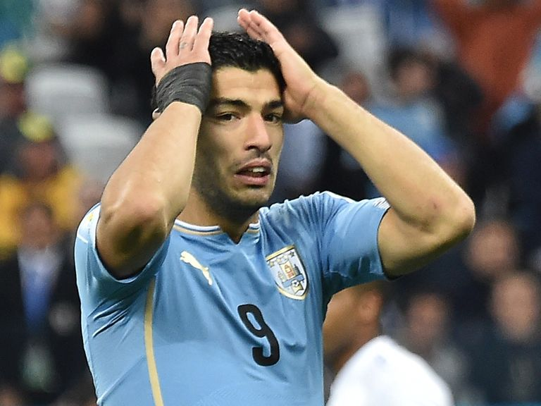 Suarez: Facing lengthy spell on the sidelines
