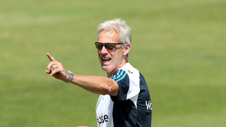 Peter Moores: Looking for England to salvage a draw