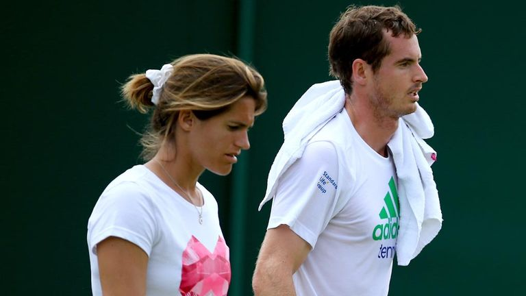 Andy Murray has opted to extend his partnership with coach Amelie Mauresmo