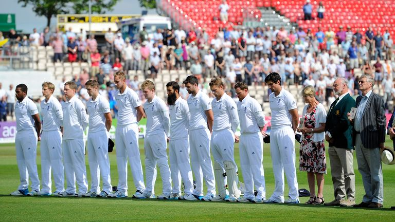 The England team and descendants of former Kent and England cricketer Colin Blythe commemorate those cricketers who lost their lives in World War One