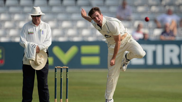 Jack Shantry: four wickets on day three as Gloucestershire's top order collapsed again