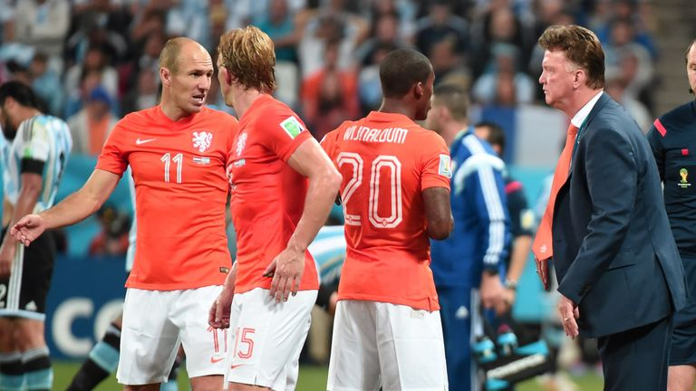 Louis van Gaal: Holland coach claims two players would not take first penalty in shoot-out against Argentina