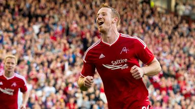 Adam Rooney: Contract extension at Pittodrie