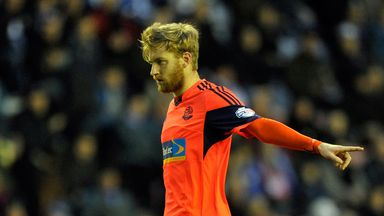 Tim Ream: Contract extension keeps him at Reebok Stadium until 2017