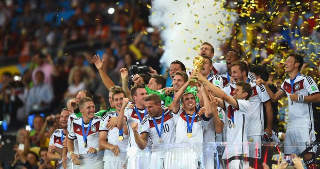 Philipp Lahm: Lifts the World Cup trophy