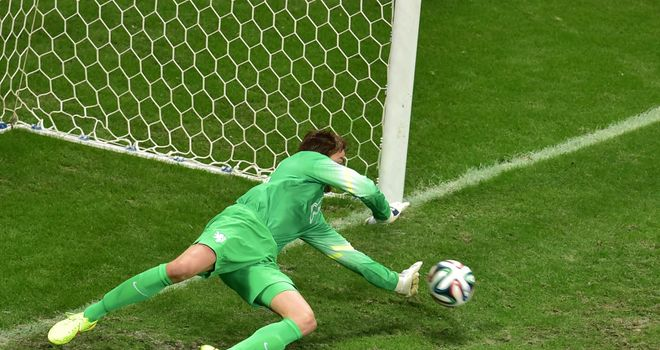 Tim Krul: Holland goalkeeper won't be changing his penalty technique