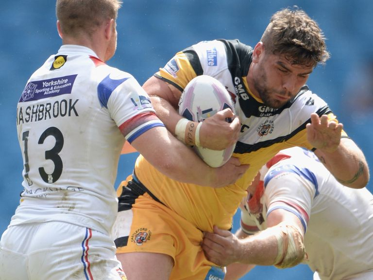 Lee Jewitt: Has signed new Castleford deal