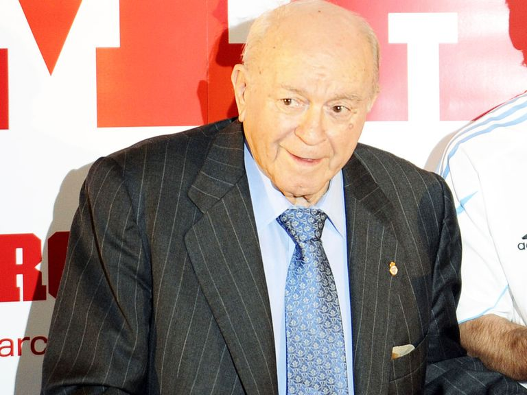 Alfredo Di Stefano: The former Real Madrid star suffered a heart attack