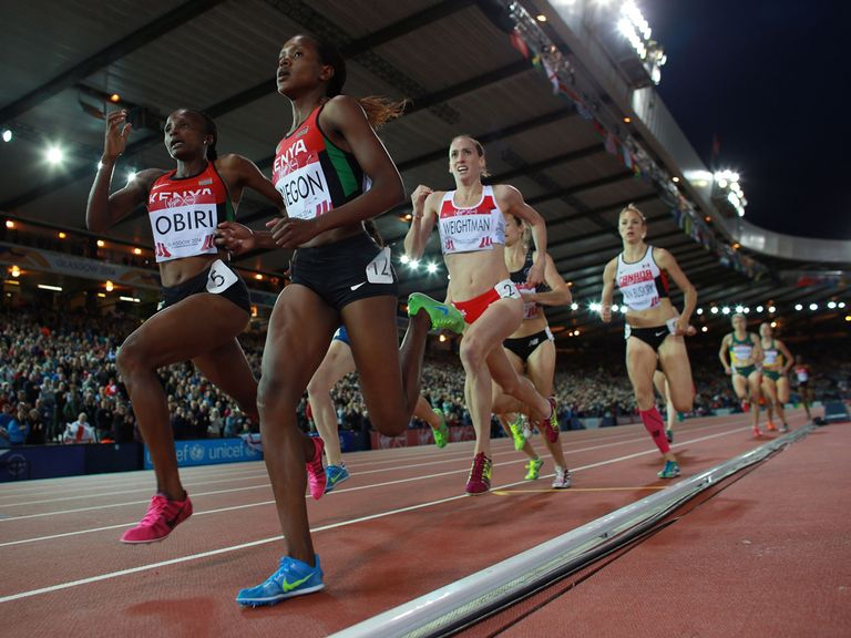 England's Laura Weightman lies third behind eventual winner Faith Chepngetich Kibiegon