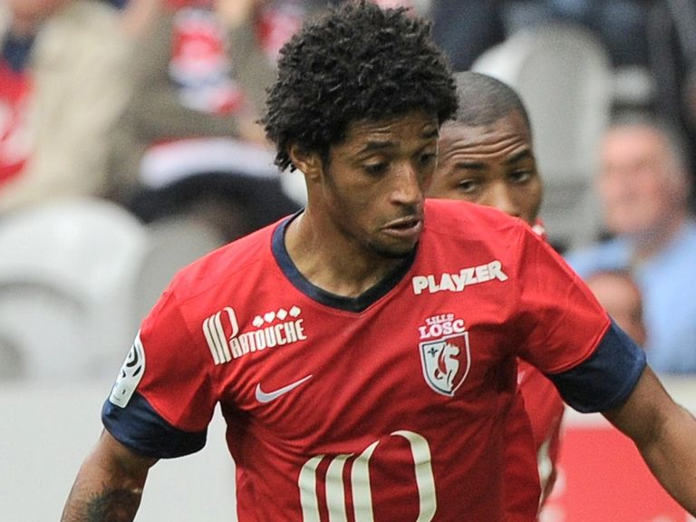 Ryan Mendes: Scored for Lille